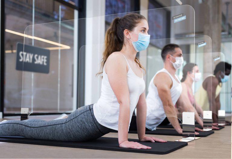 SCHICKE-SCHEIBE- Mobile Schutzscheiben und Trennwände für Fitnessstudio